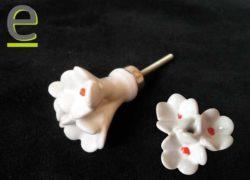 Pomelli a forma di fiore, pomelli ceramica, pomelli in ceramica